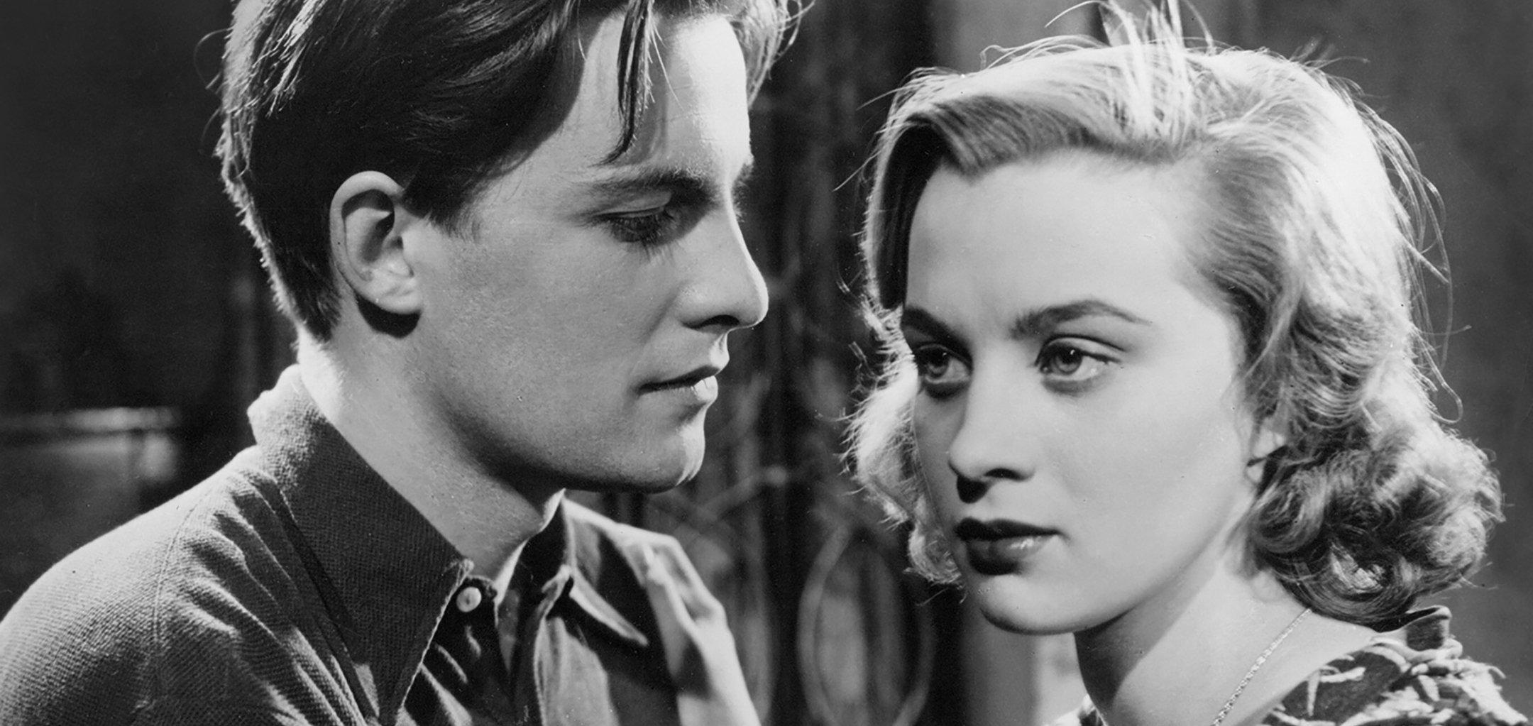 Alf Kjellin and Mai Zetterling in a still from 'Torment' (1944)