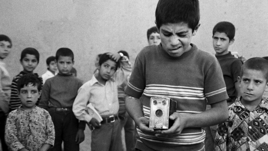 A still from Abbas Kiarostami's 'The Traveller' (1974)