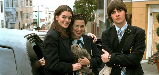 Anne Hathaway, Heather Matarazzo and Robert Schwazmann in the Princess Diaries