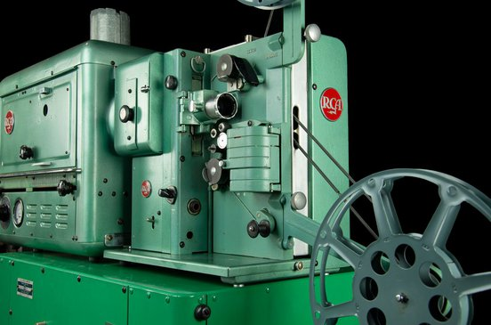 400 Porto-Arc 16mm projector