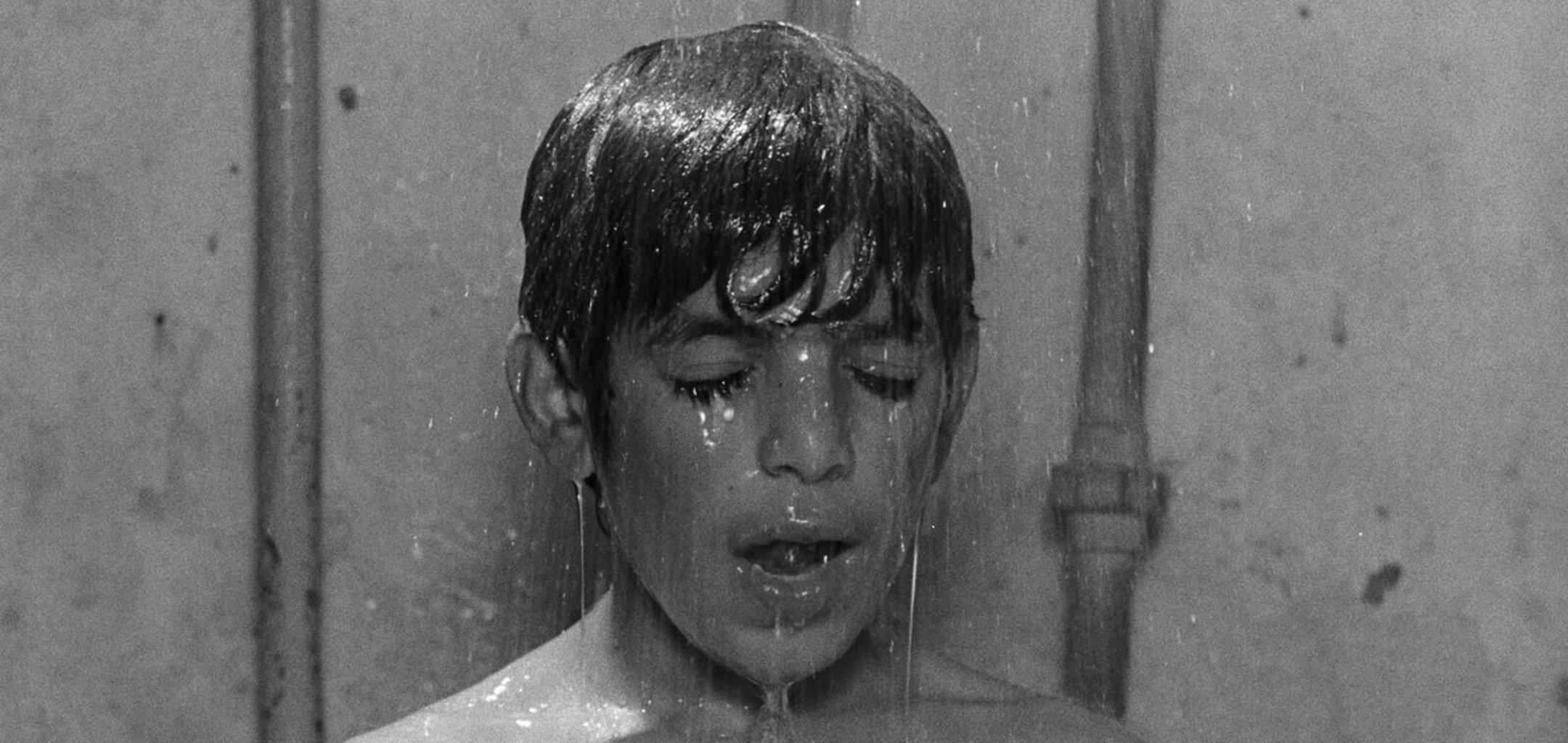 Hossein Yarmohammadi in Experience (1973)