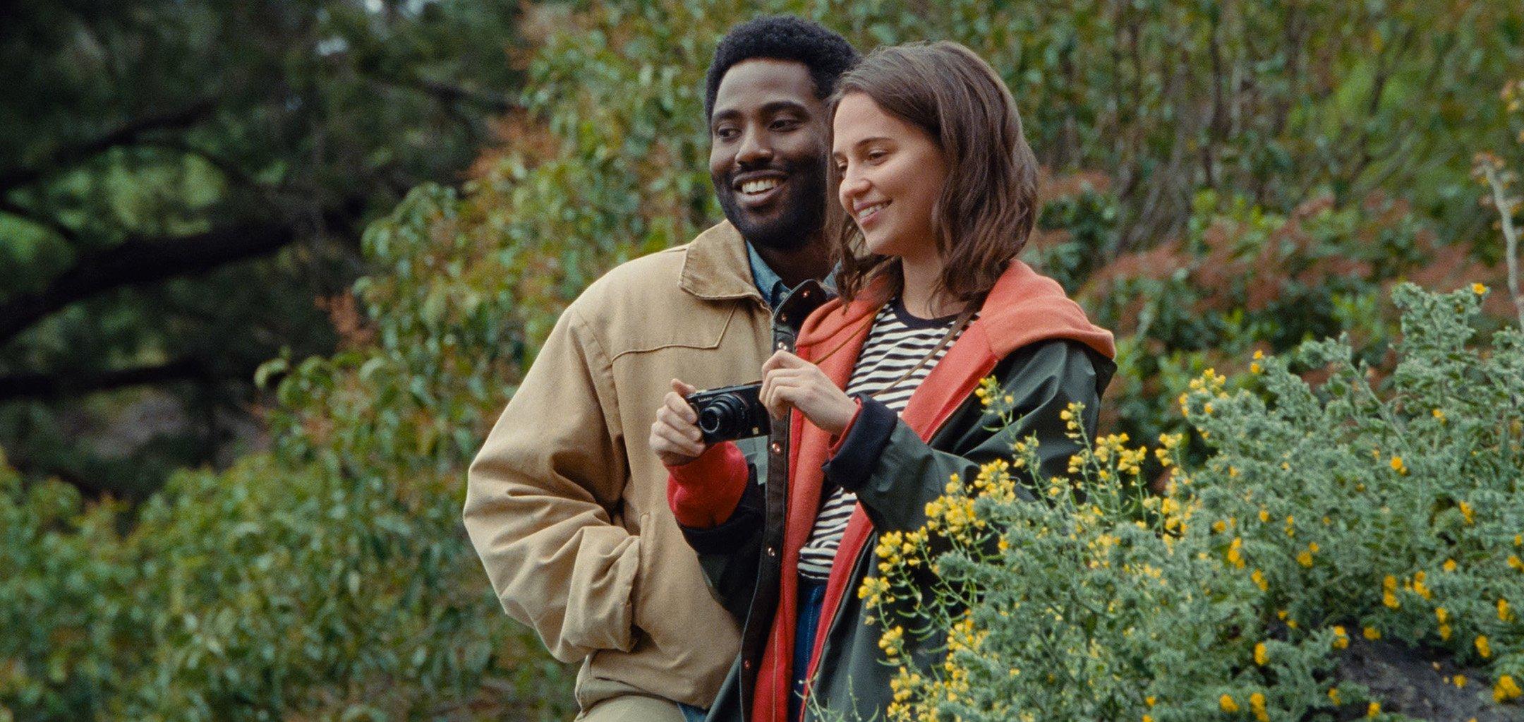 John David Washington and Alicia Vikander in 'Beckett' (2021)