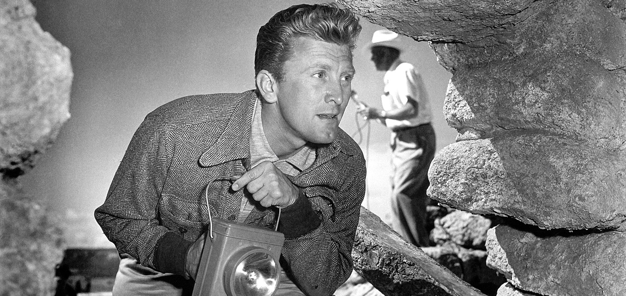 Kirk Douglas in a still from Ace in the Hole (1951)
