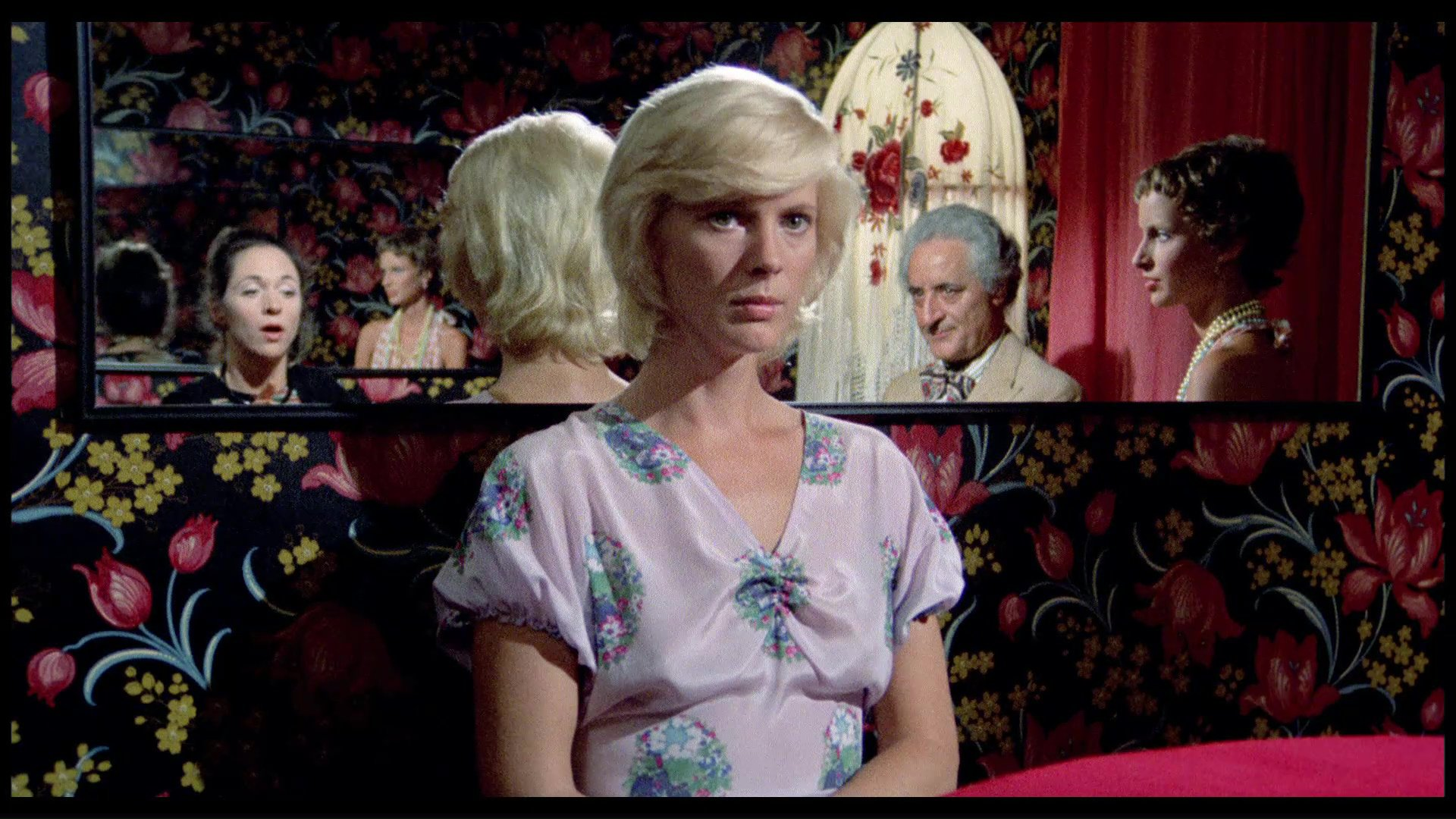 Mimsy Farmer in 'The Perfume of the Lady in Black' (1974)