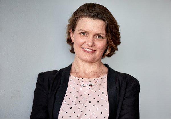 Dr Sarah Barns