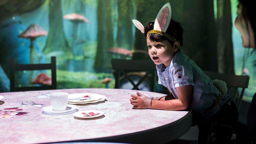 Wonderland - The Guardian- Phoebe Powell
