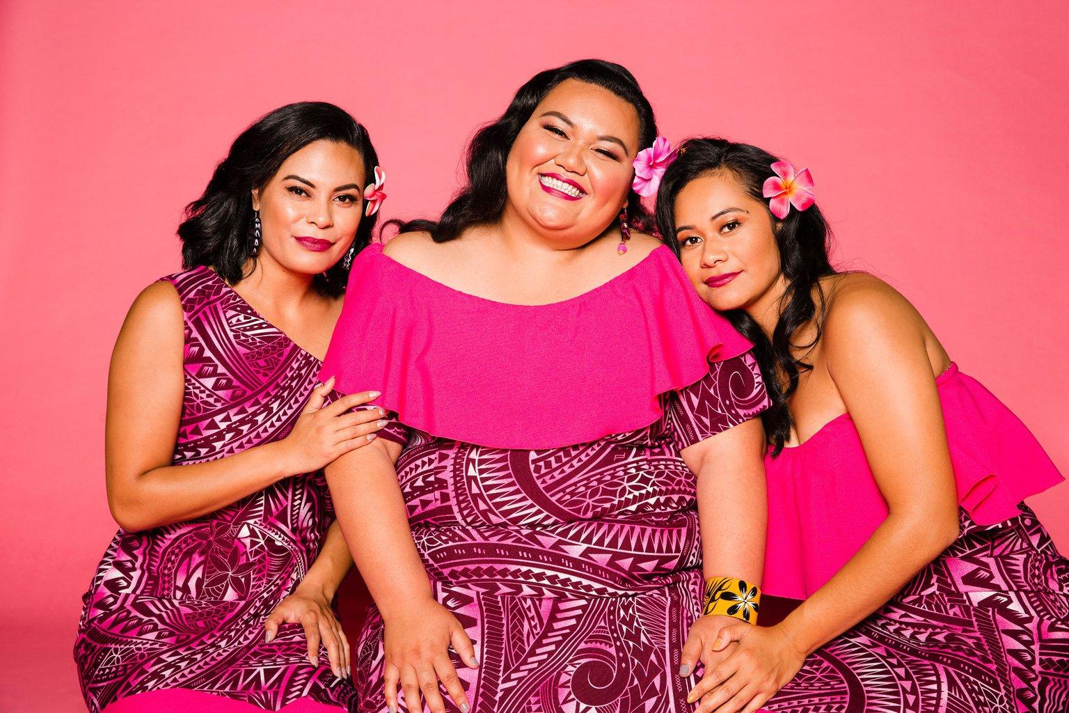 The cast of Sis the Show - Hillary Samuela, Gaby Solomona, Suivai Pilisipi Autagavaia