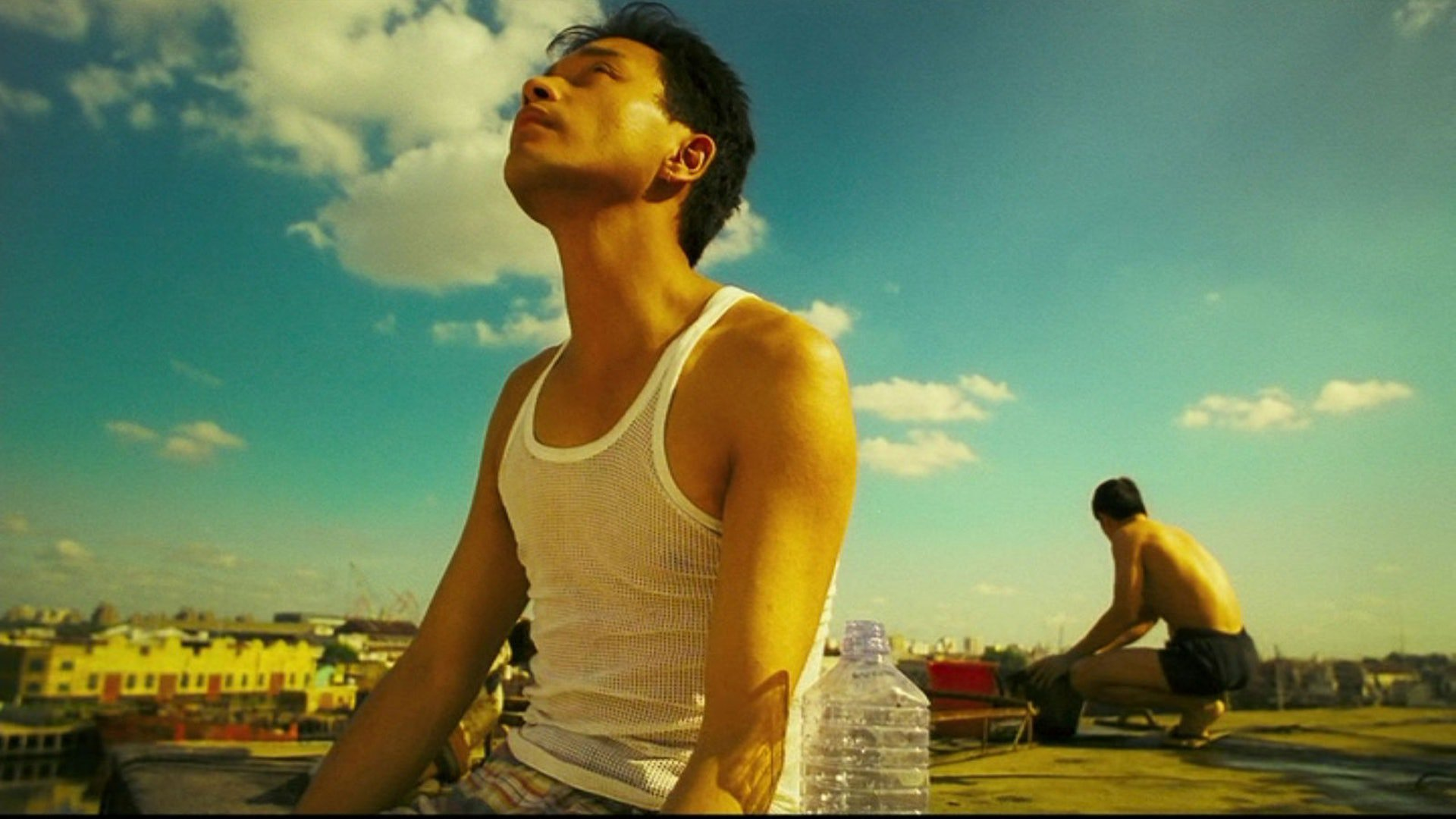 Leslie Cheung and Tony Leung Chiu-wai in Happy Together - on the rooftop