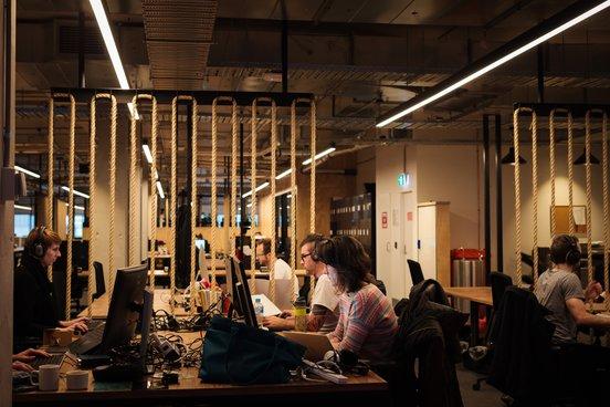 ACMI X co working desks 1